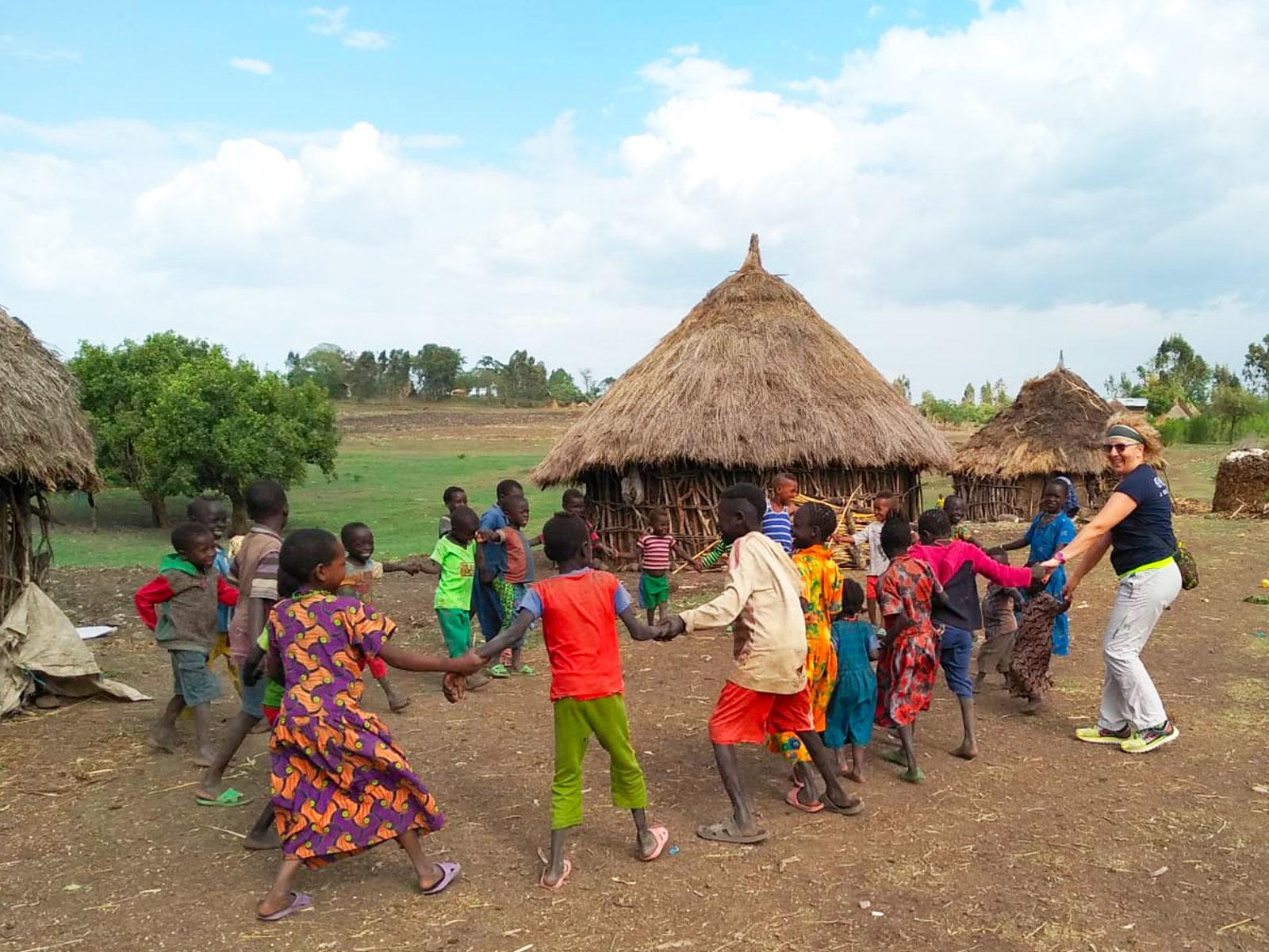 Diventare-volontario-onlus-aiuto-bambini-mam-beyond-borders